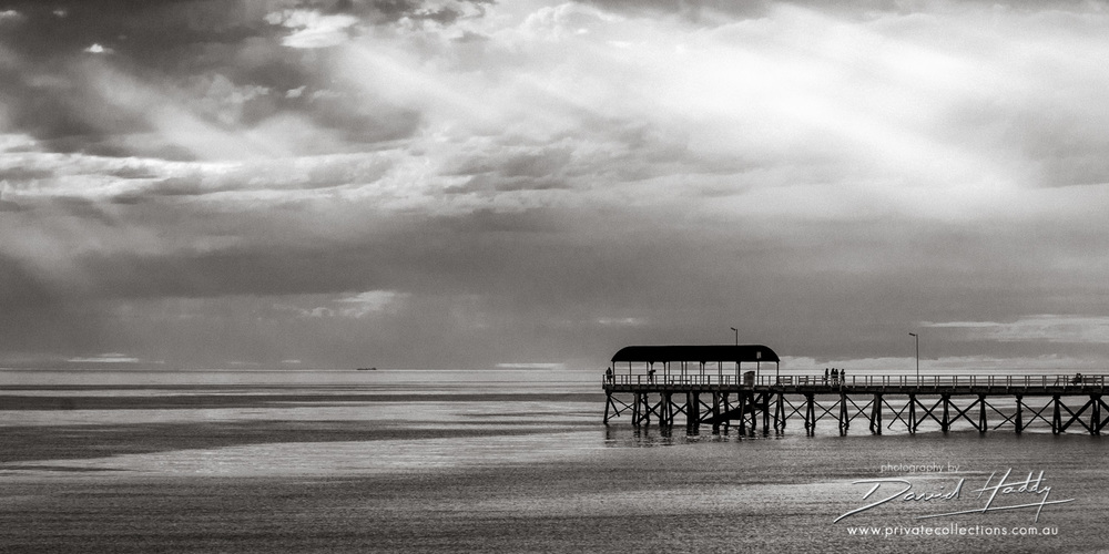 Henley Sun Rays ©David Haddy