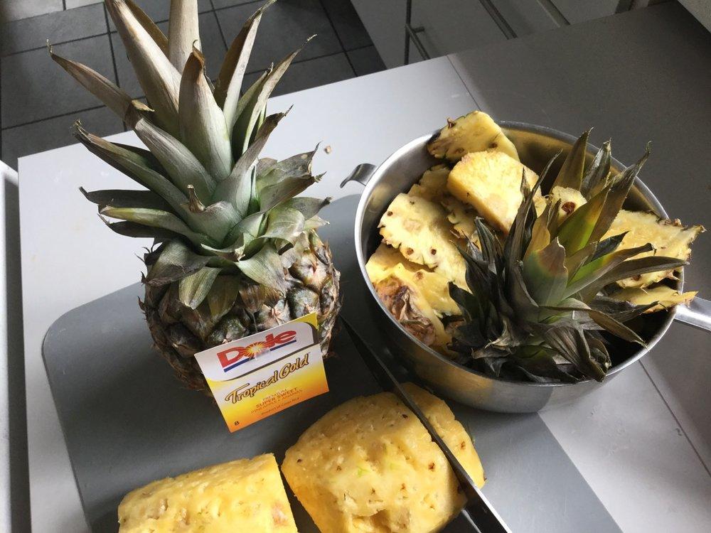 Ananas Blechkuchen mit Kokoskruste - 1.jpg