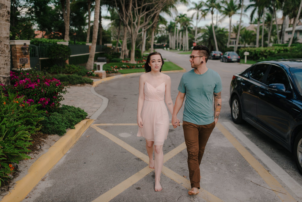 tim-grace-naples-florida-beach-couples-portraits-02