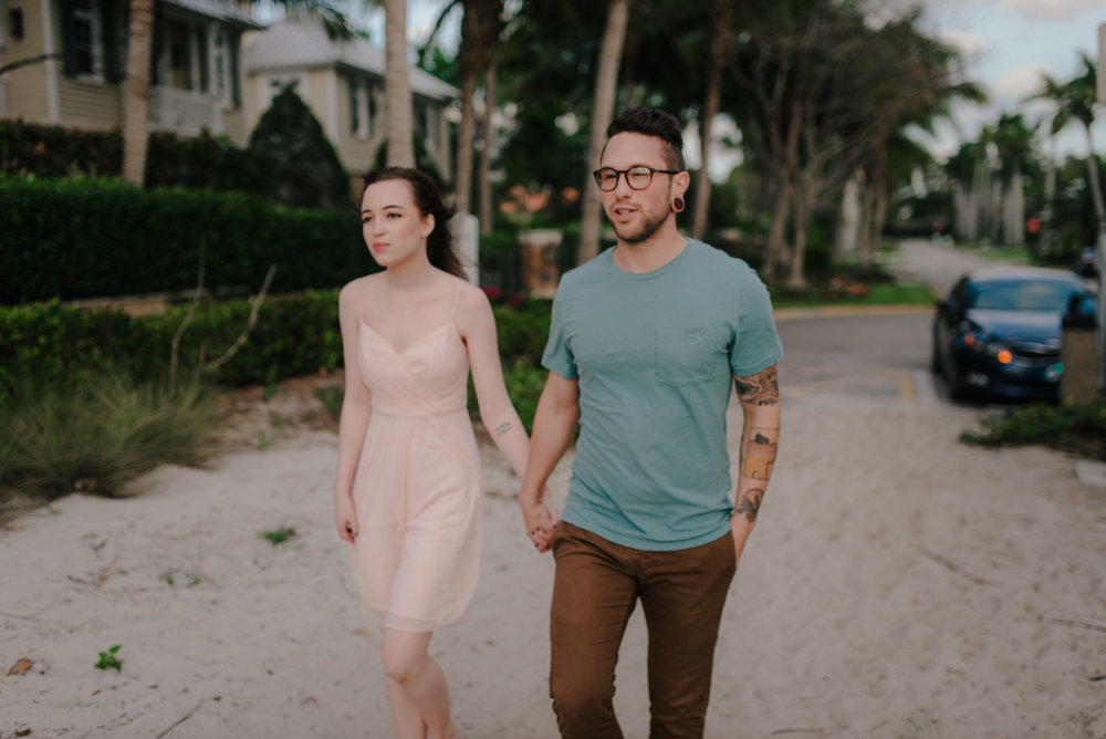 tim-grace-naples-florida-beach-couples-portraits-03