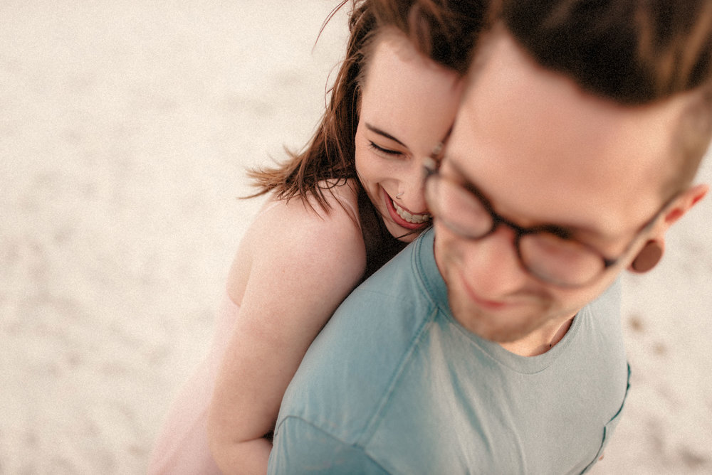 tim-grace-naples-florida-beach-couples-portraits-12