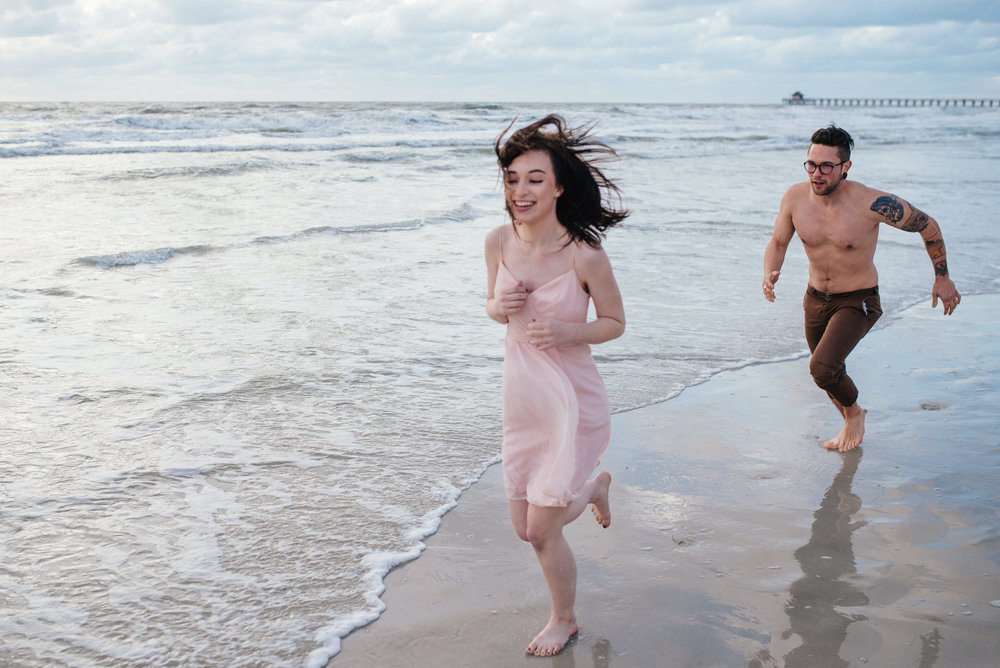tim-grace-naples-florida-beach-couples-portraits-32