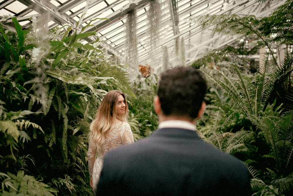 garfield park conservatory chicago wedding 19