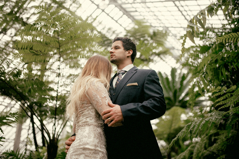 garfield park conservatory chicago wedding 21