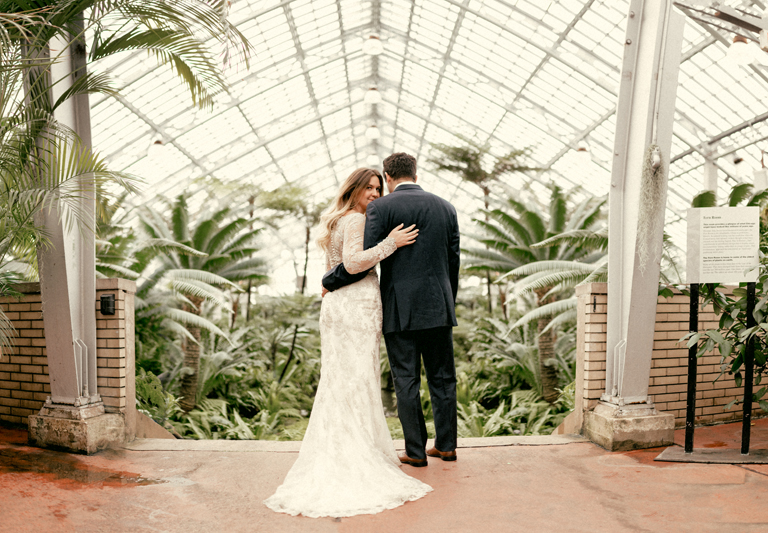 garfield park conservatory chicago wedding 11