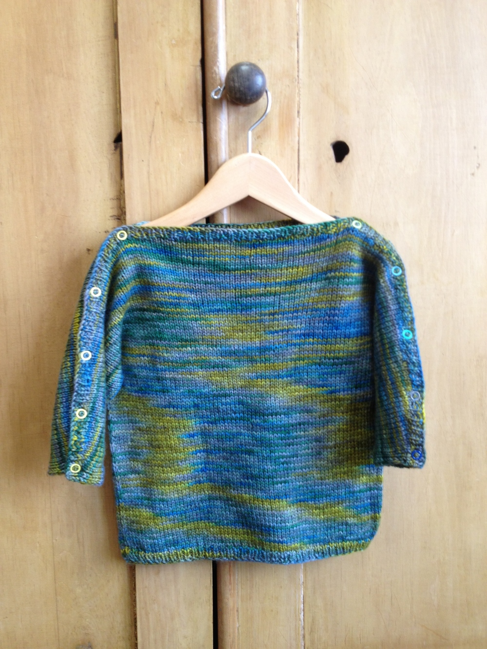 CHIPPY sweater in SCRUMPTIOUS the new OGRE SWAMP colorway ... and the snaps on the sleeves make it perfect!
