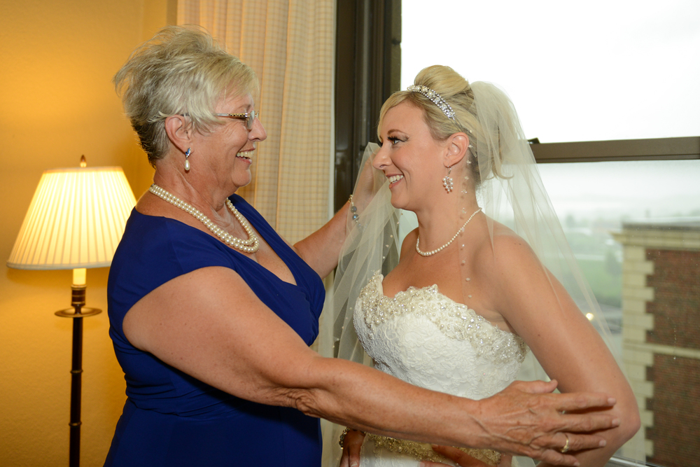 Lindsay-Street-Hall-Wedding-10.jpg