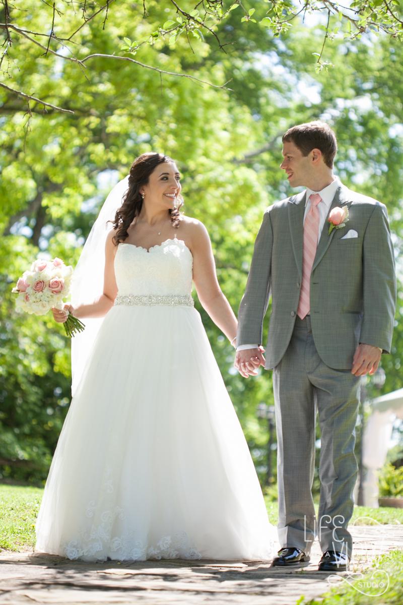 StCharles-Wedding-82.jpg