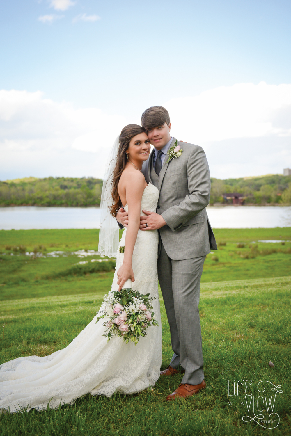 TN-Riverplace-Wedding-69.jpg