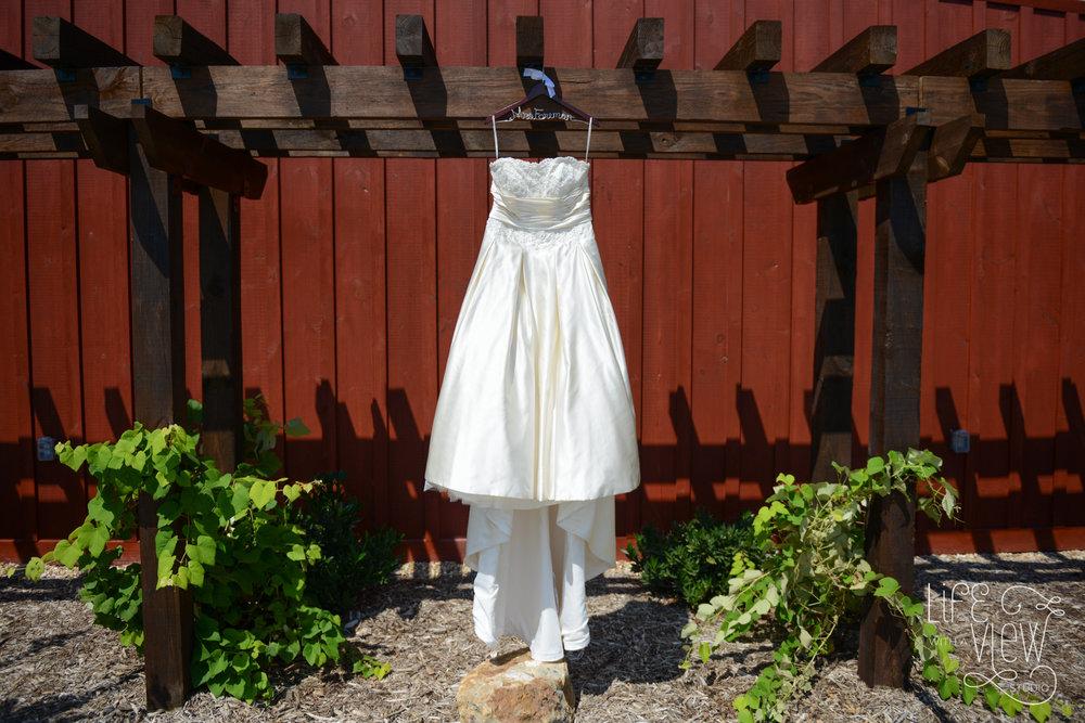 Howe-Farm-Wedding-1.jpg