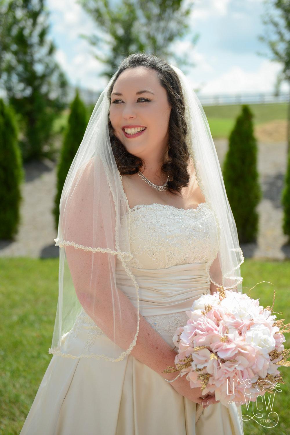 Howe-Farm-Wedding-33.jpg