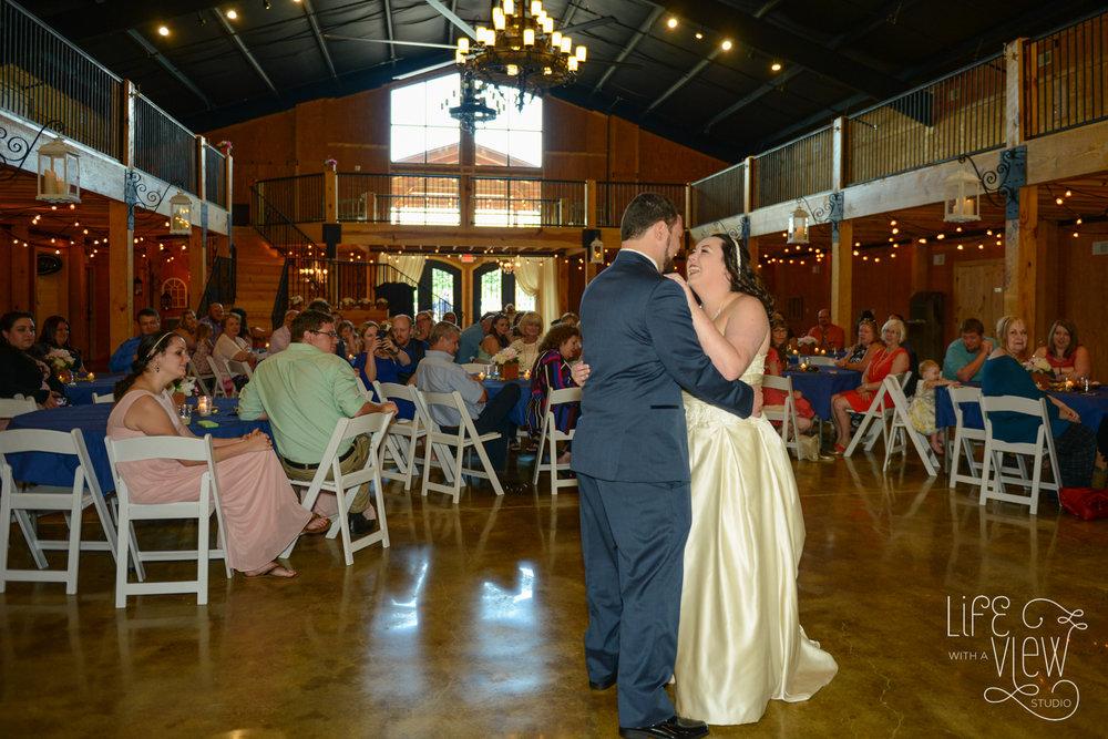 Howe-Farm-Wedding-61.jpg