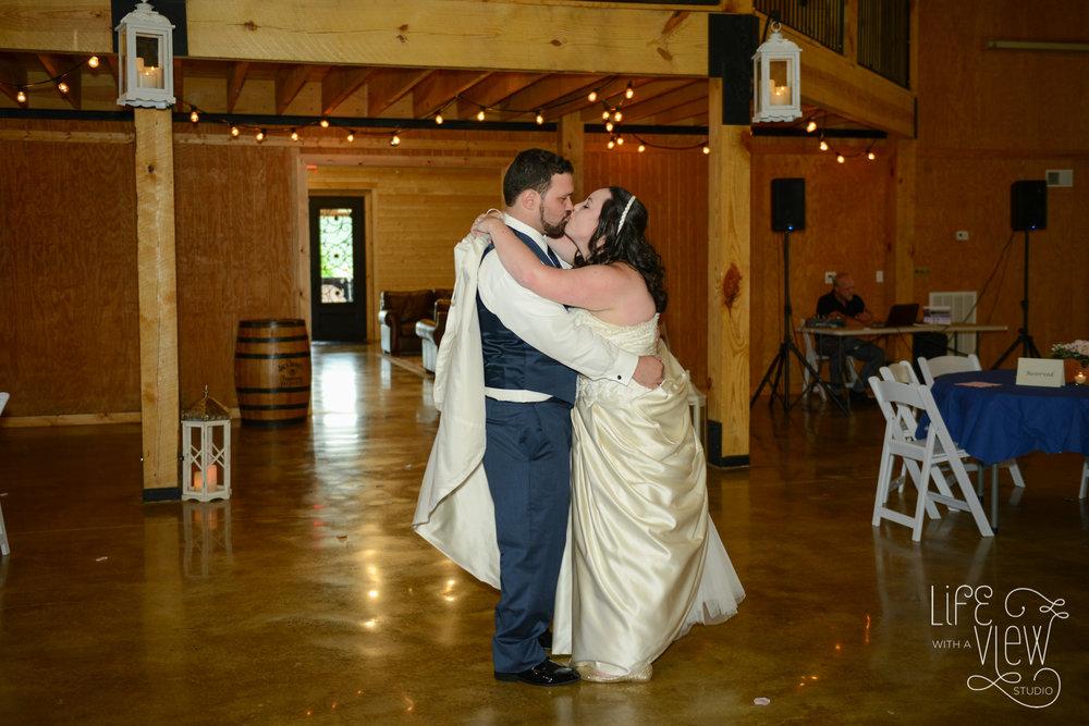 Howe-Farm-Wedding-81.jpg