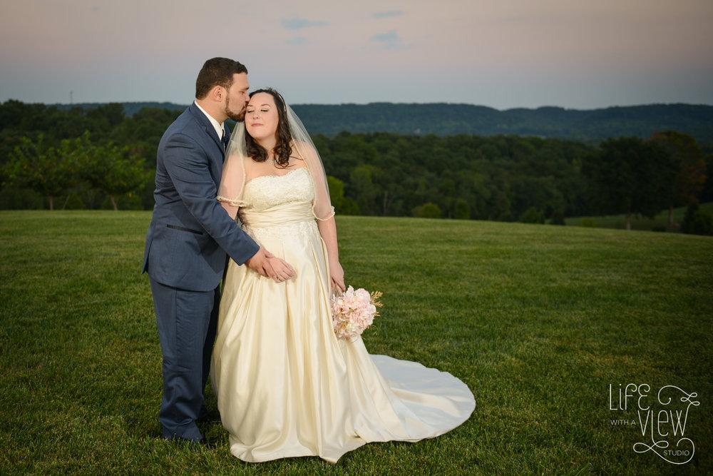 Howe-Farm-Wedding-107.jpg