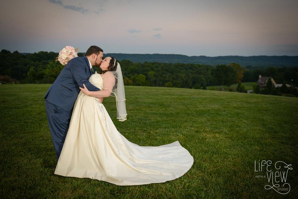 Howe-Farm-Wedding-109.jpg