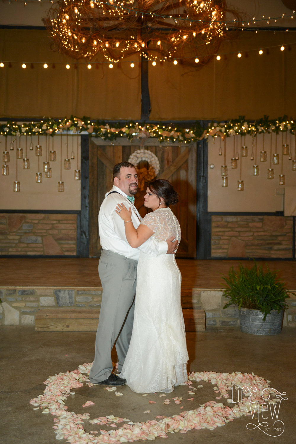 Ocoee-River-Barn-Wedding-87.jpg
