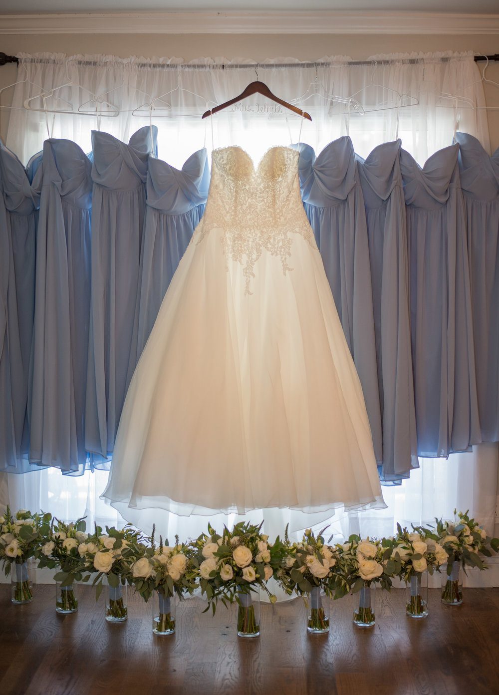 00003_White-Wedding-6.jpg