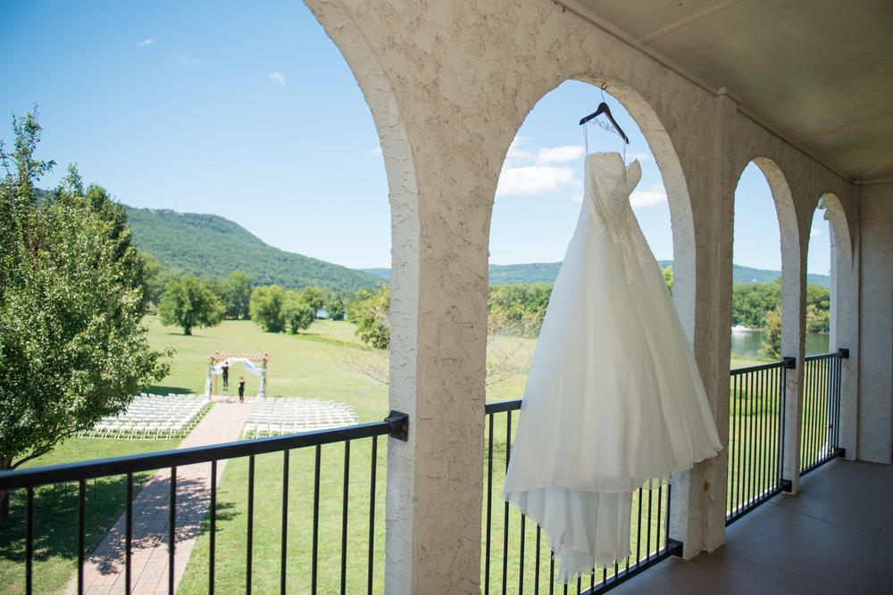 00004_White-Wedding-7.jpg
