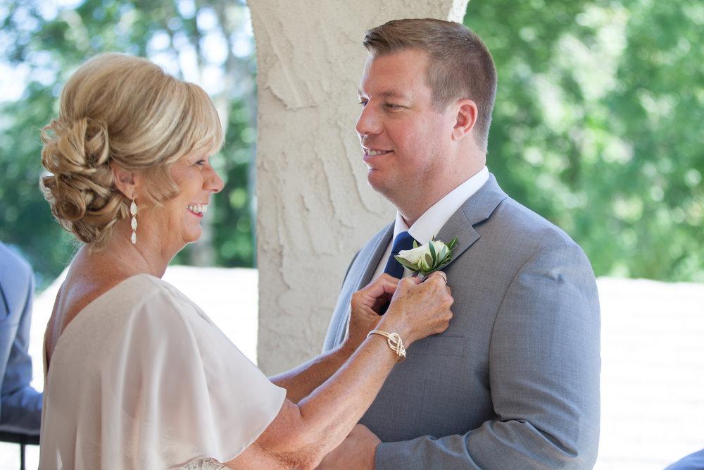 00008_White-Wedding-13.jpg