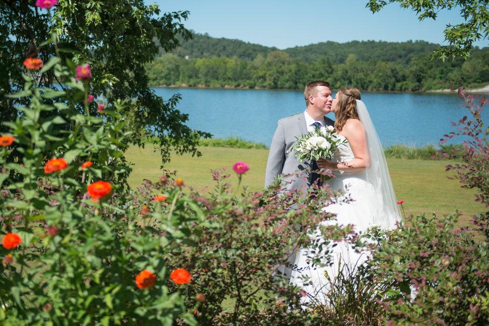 00022_White-Wedding-33.jpg