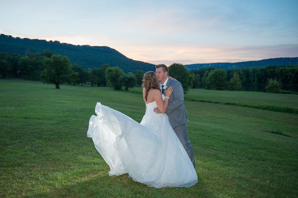 00001_White-Wedding-115.jpg