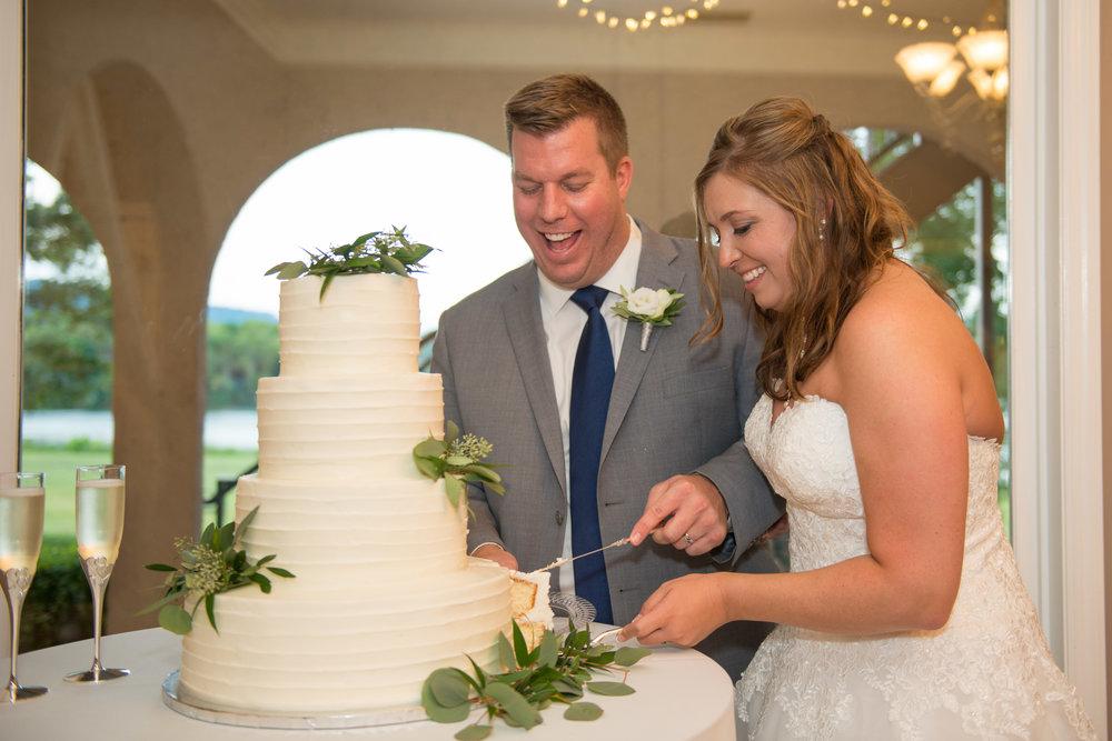 00001_White-Wedding-112.jpg