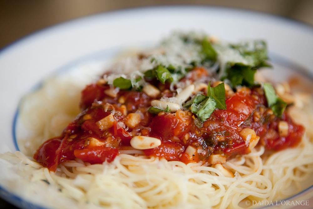 Capellini with tomato sauce
