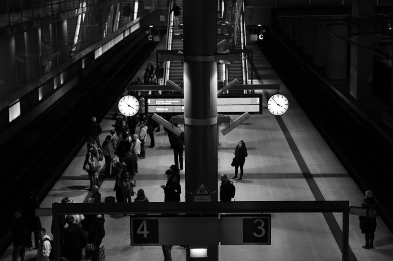 potsdamer platz train station
