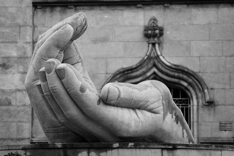 ennis hands