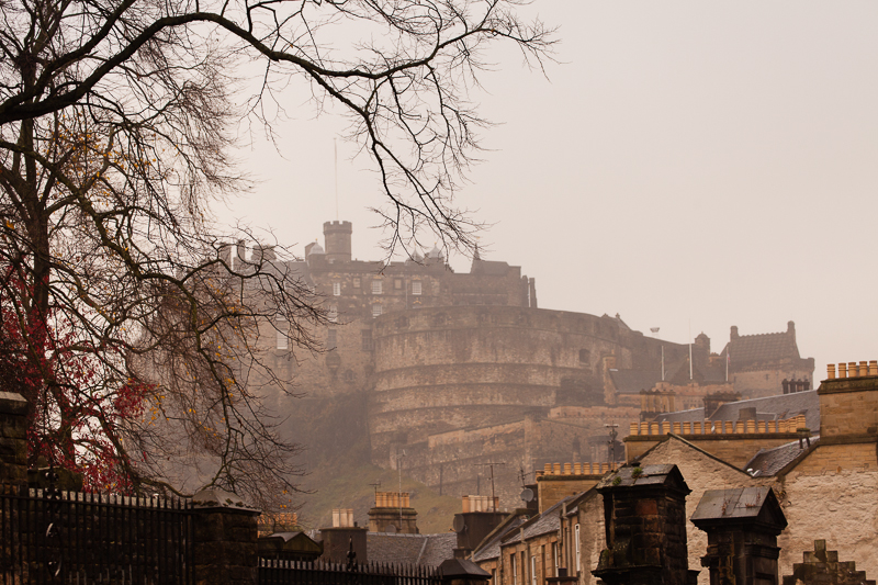 edinburgh castle in fog