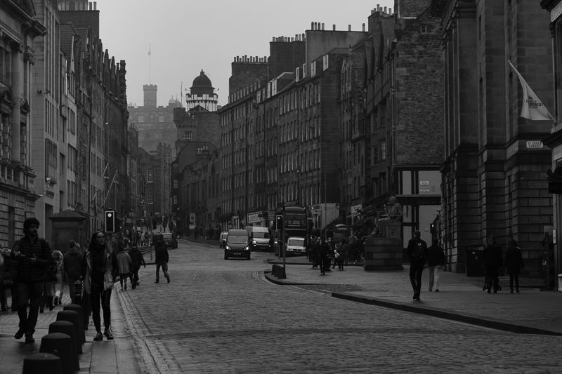 edinburgh towards castle