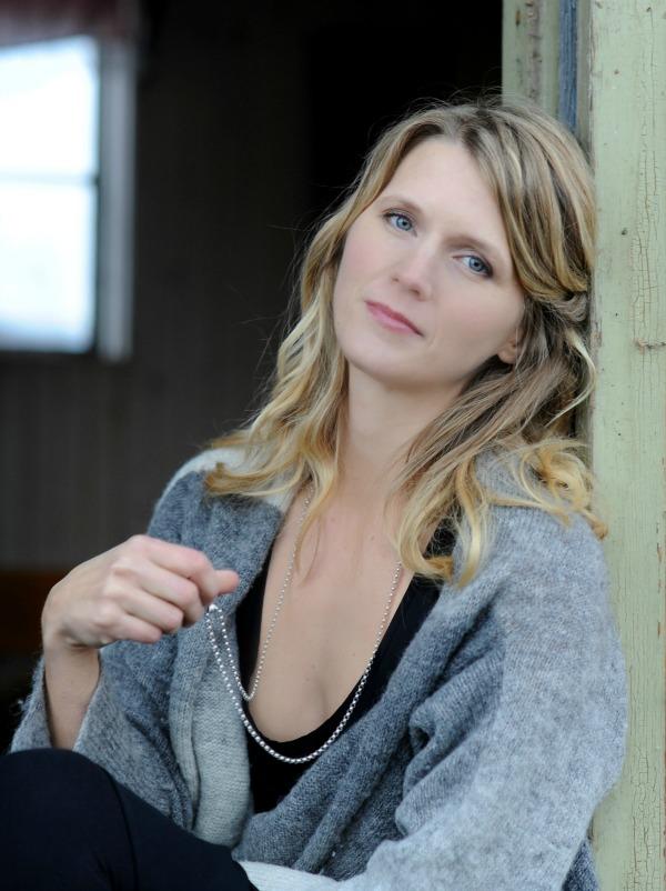 Anna Lovind, TheCreativeDoer.com