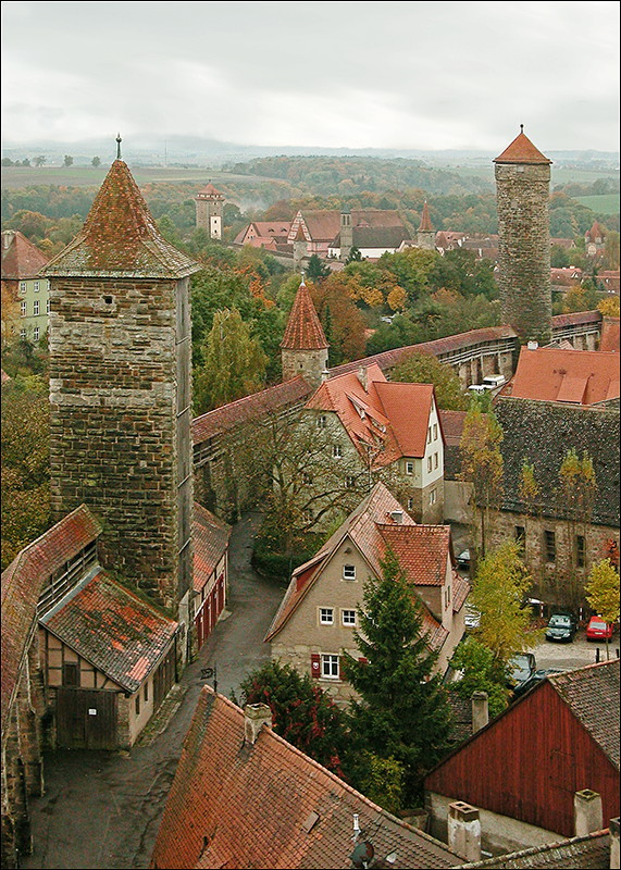 Walls of Rothenburg.jpg