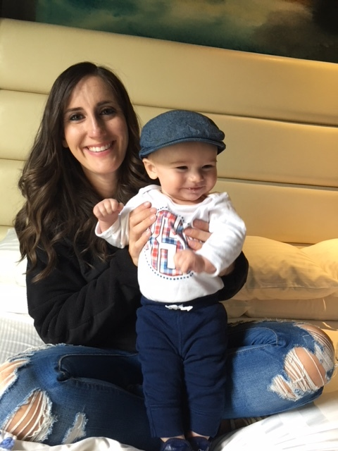 Baby Kennan and Mommy hanging out in LA getting ready to head to LAX.  This is TOO cute!!!