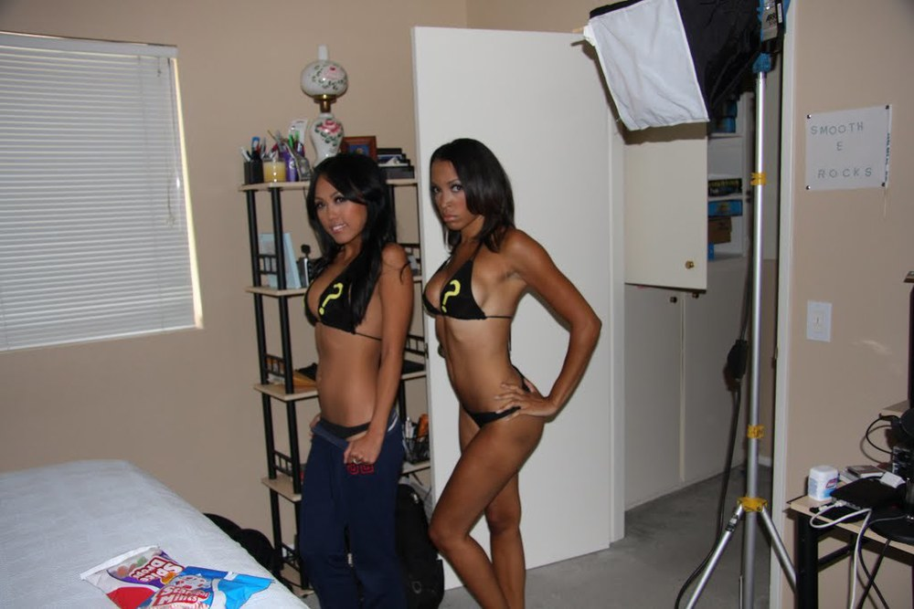 New Load Questions shoot with Smooth-E and Bikinis