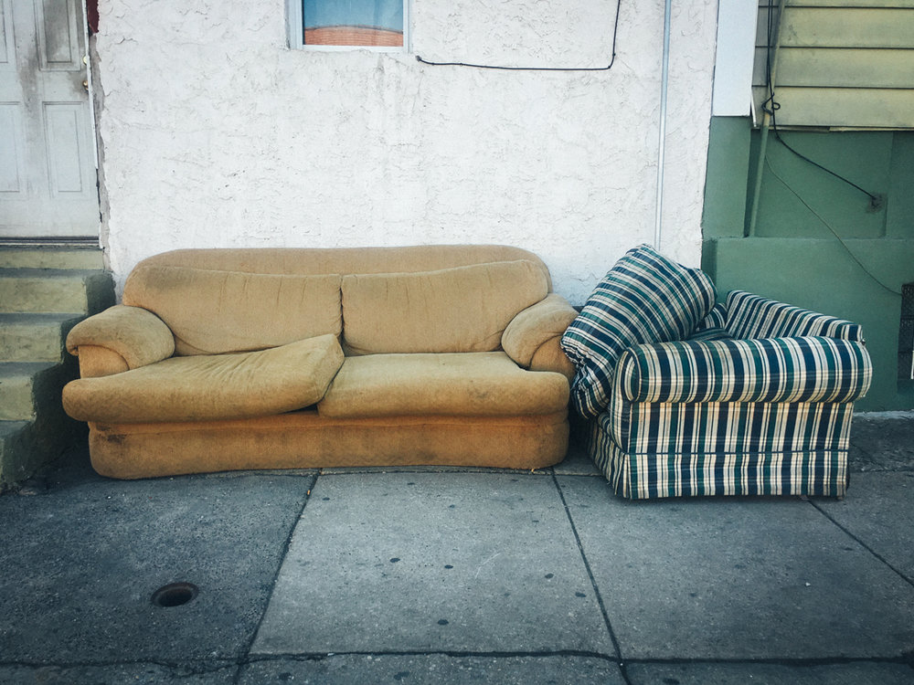 2018 couches00724032 x 30242018.jpg