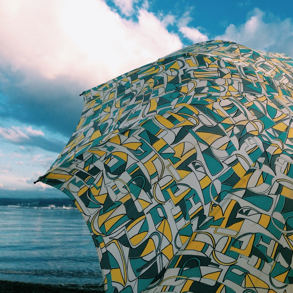 1950's umbrella :: Ediz Hook :: Port Angeles, WA