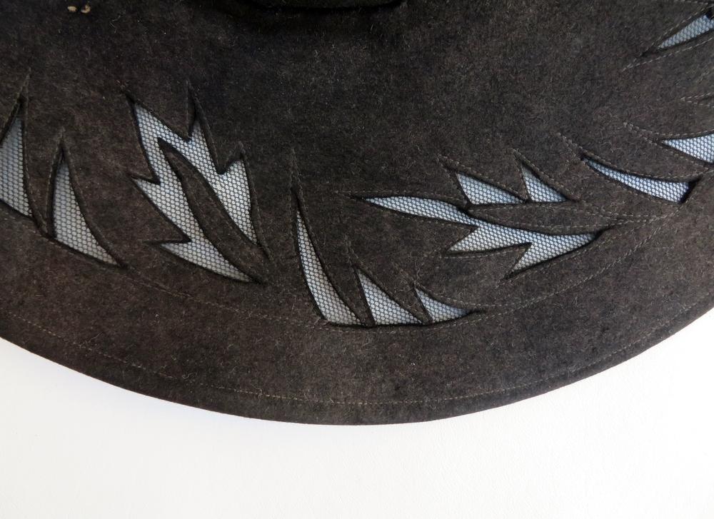 1930's hat cutout details