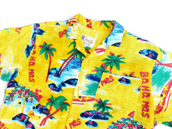 "1960's Men's Rayon ""Hawaiian"" Shirt with Bahamas Print"