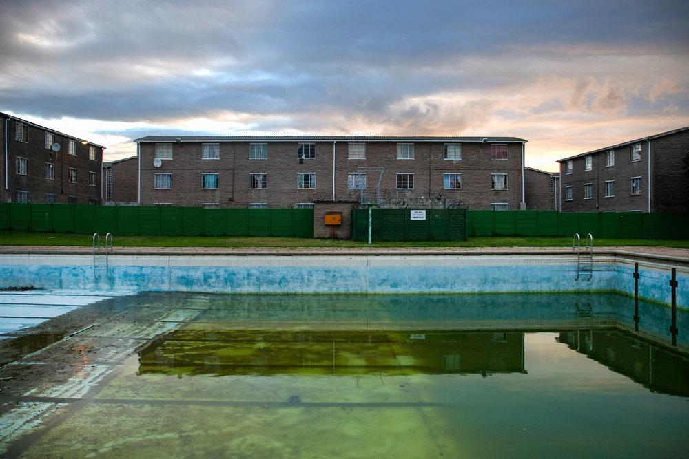 Pool, 2010