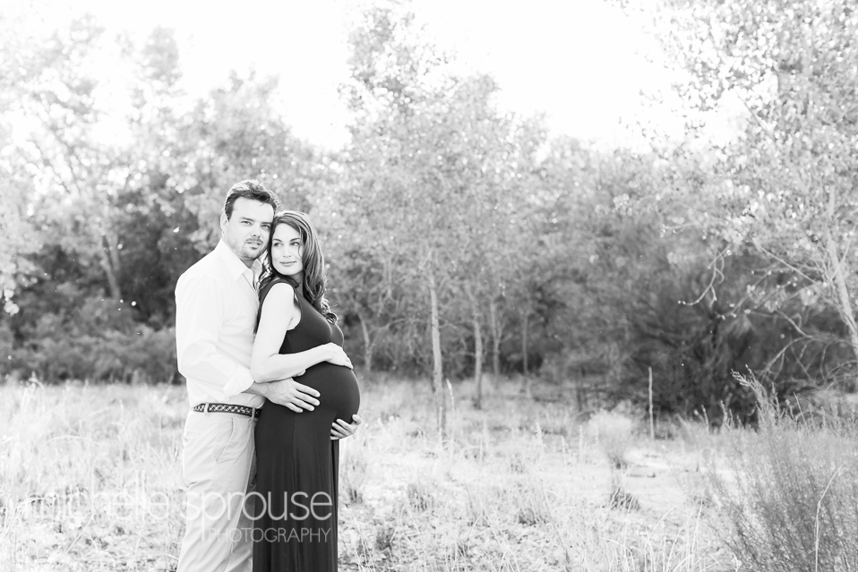 black and white Albuquerque Bosque maternity and couples photographer
