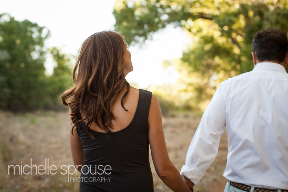 AAlbuquerque Bosque maternity and couples photographer