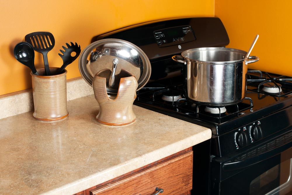Lid Holder in Kitchen