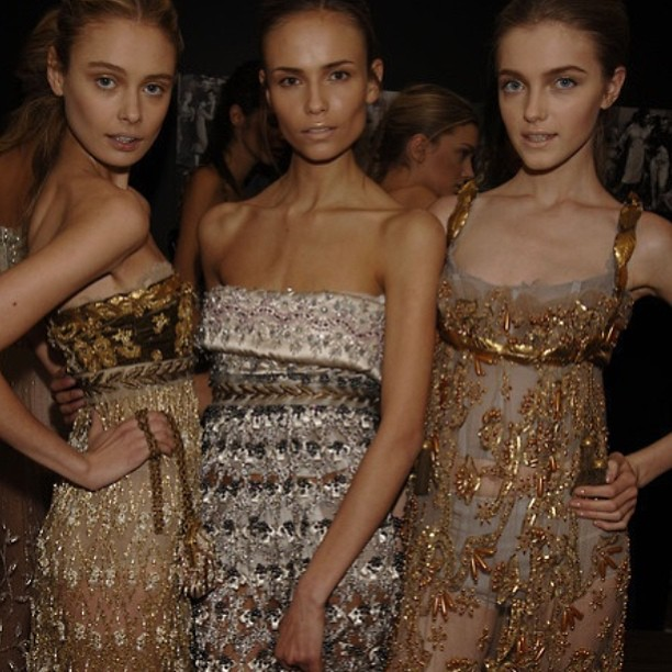Everybody love a little shimmer 😍 #fashion #models