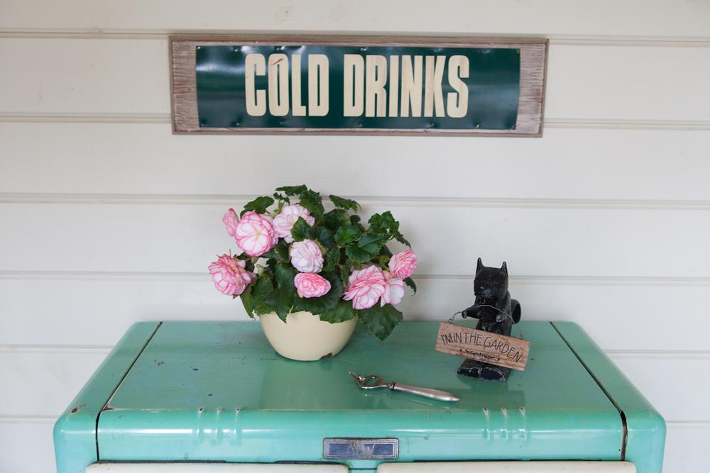 garden wedding drink table