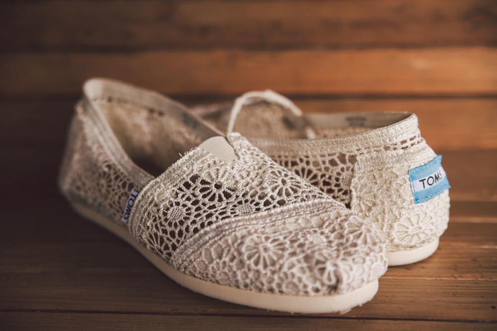 toms crochet bridal shoes