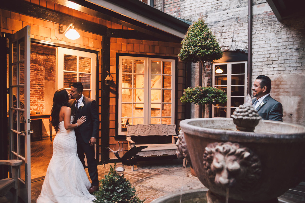 dramatic modesto wedding