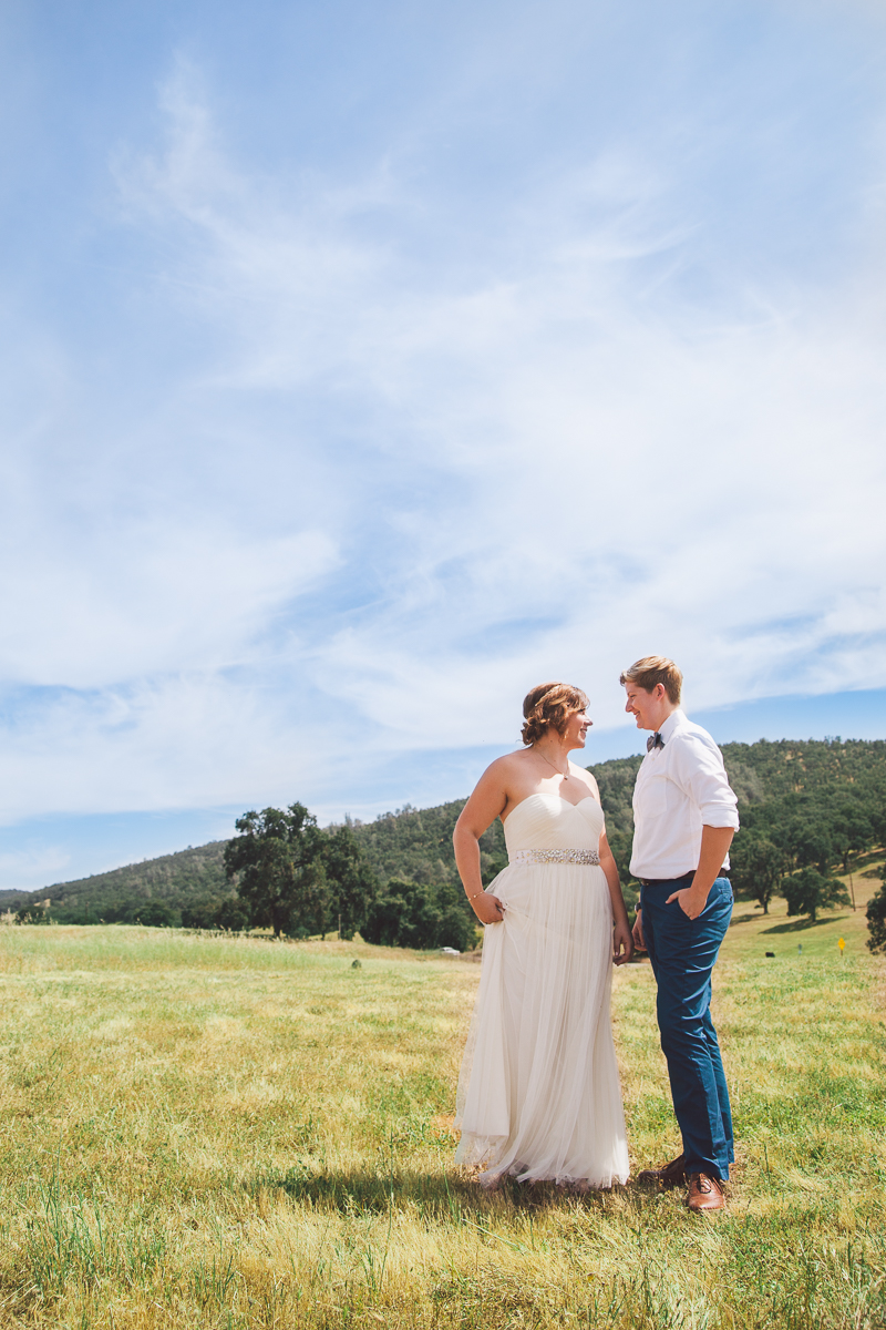 sacramento hills wedding