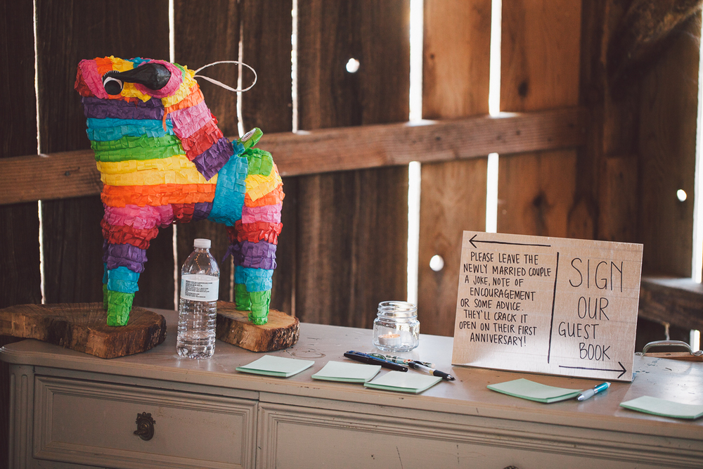 wedding guest book pinata