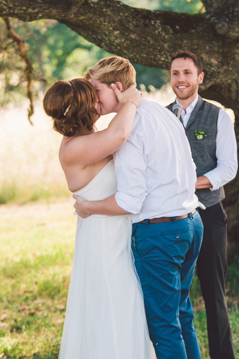 lesbian wedding first kiss